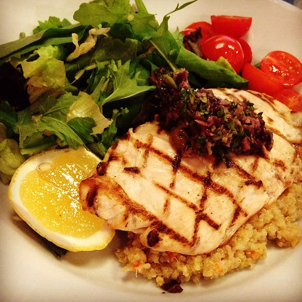 Chicken And Quinoa @ Numnum
