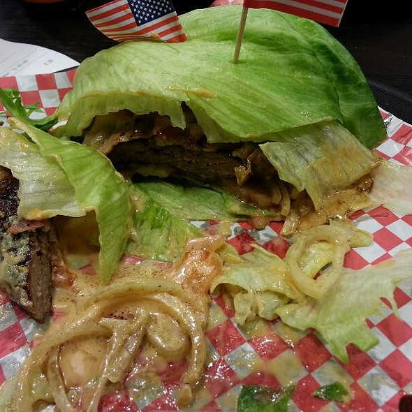 Protein Style Burger @ BURGERs
