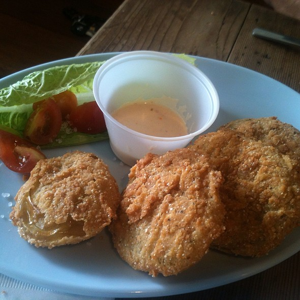 Fried Green Tomatoes @ Kiss My Grits