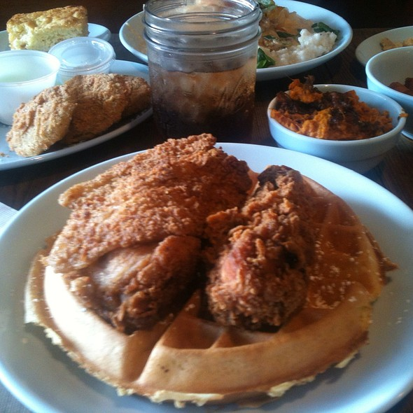 Chicken and Waffles @ Kiss My Grits