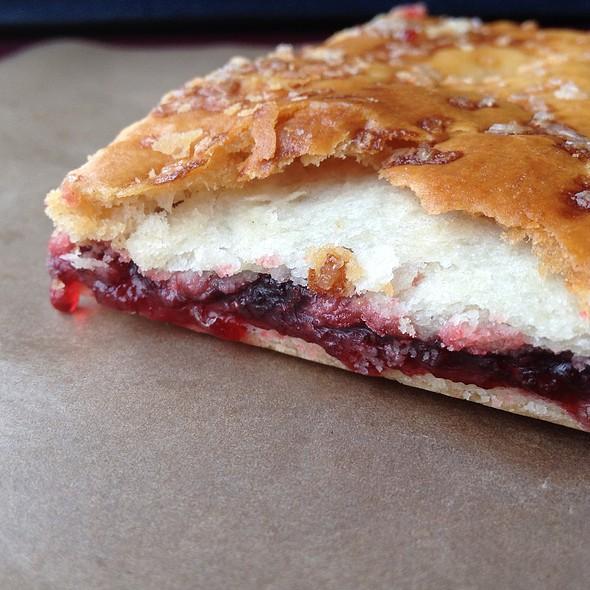Raspberry Square @ Waterways Coffee Shops