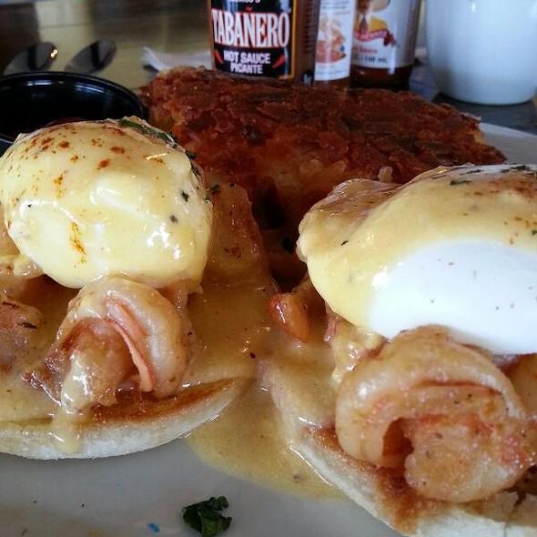 Killer Shrimp Benedict @ Killer Cafe