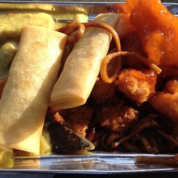 Mixed Thai Entree @ Camden Town Market