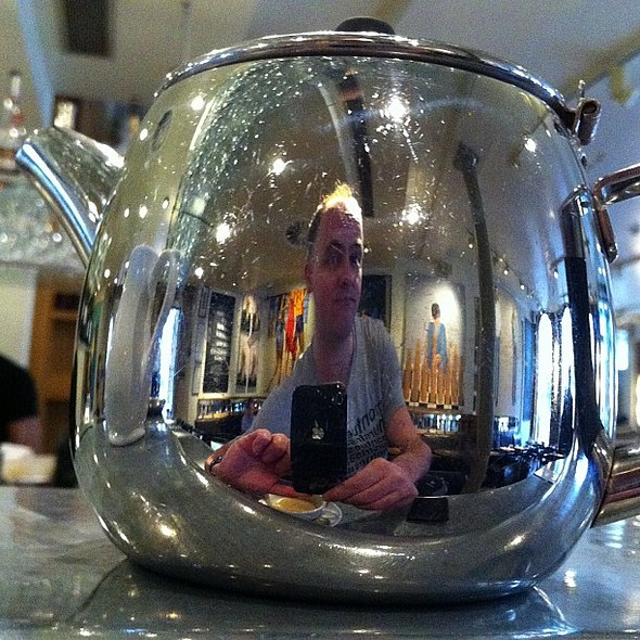 Tea with reflection @ Quod Brasserie & Bar