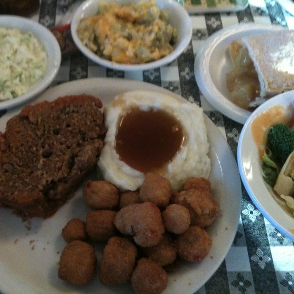 Meatloaf @ Yoder's Restaurant