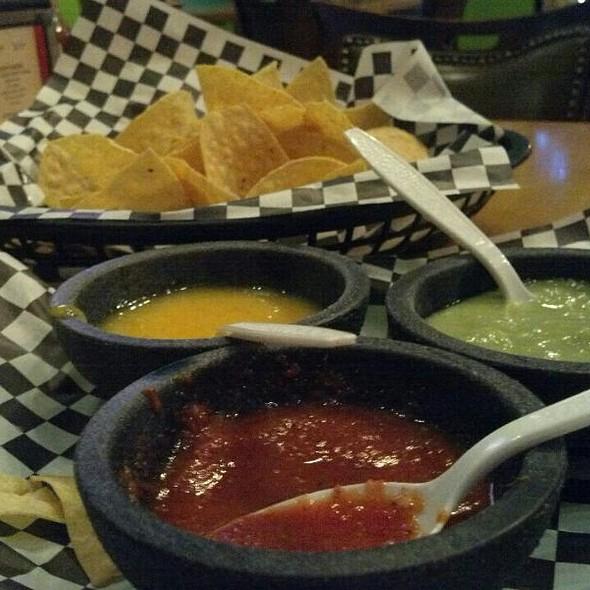 Chips and salsa sampler