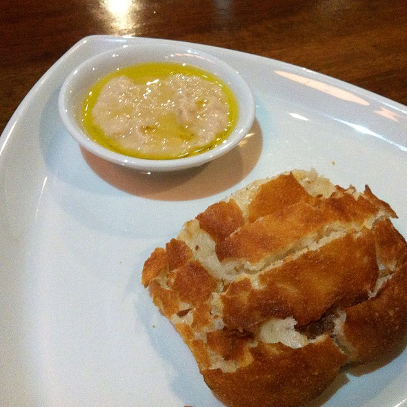 Bread With Olive Oil And White Bean Dip - Cotto Enoteca Pizzeria, Burnaby, BC