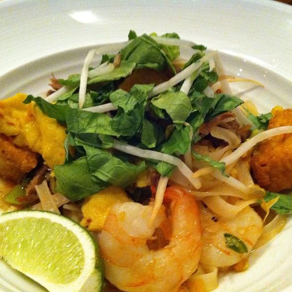 Duck & Shrimp Stir Fry @ Oliver & Bonacini Cafe Grill