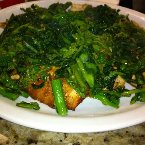 Grilled chicken & broccoli rabe at Dunwoodie Pizzeria & Restaurant