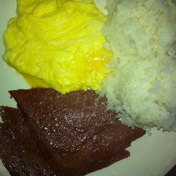 Luncheon Meat, Soft Scrambled Eggs, And Rice @ Dots In Wahiawa