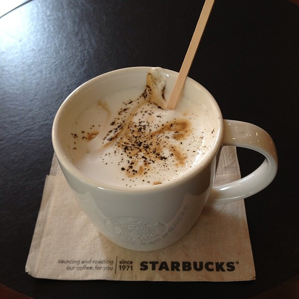 Dolce Latte @ Starbucks Chid Lom