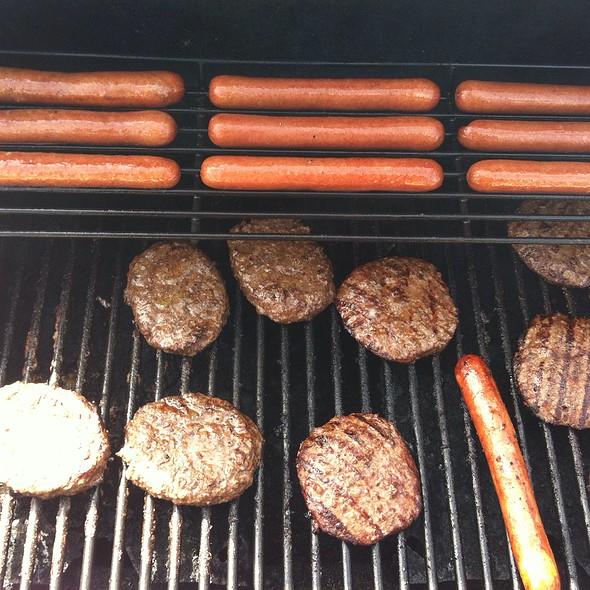 Hot Dogs And Hamburgers @ The Smoke Pit
