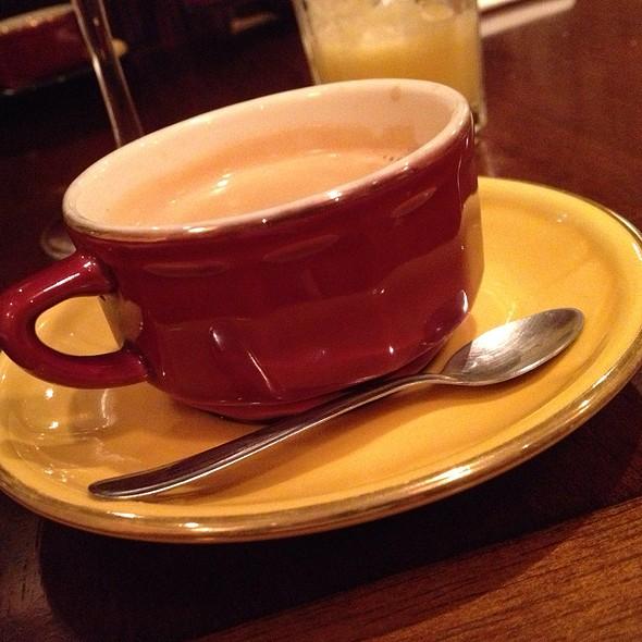 Café @ Le Bou