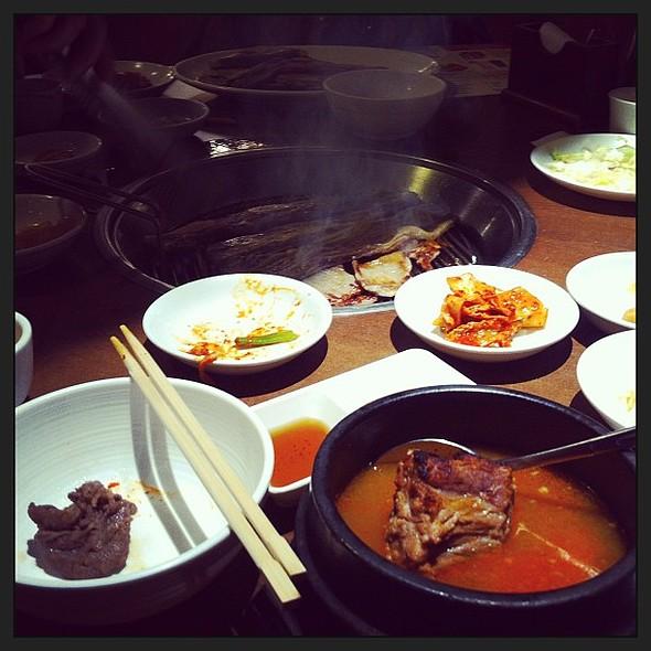 Omnom Korean food. @ Kyung Bok Palace