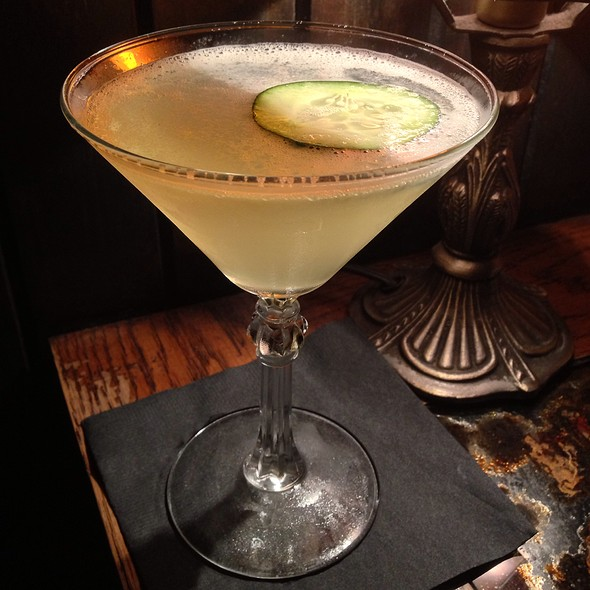 Cucumber Gimlet @ Bourbon and Branch