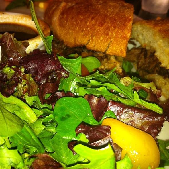 Urth Cafe Sandwich Menu