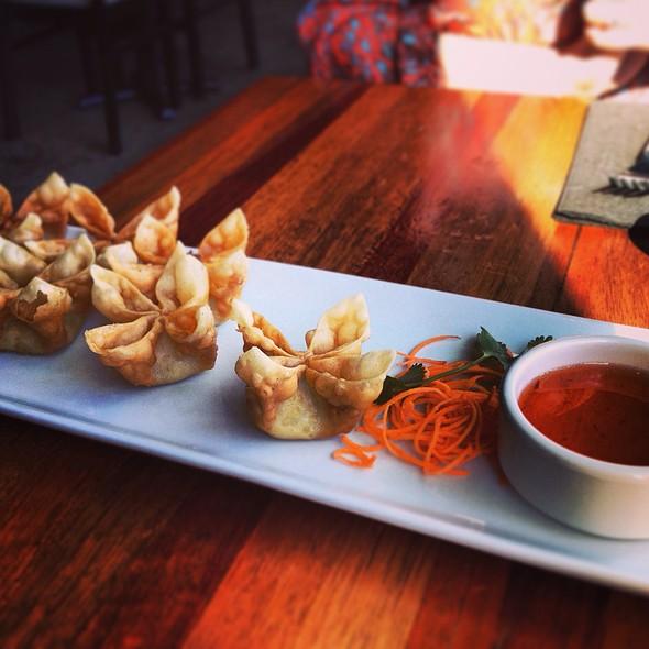 Crab Rangoon Wontons - Summer Summer Thai Eatery, Emeryville, CA