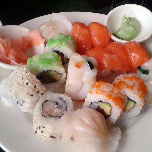 Assorted japanese food @ Kintaro