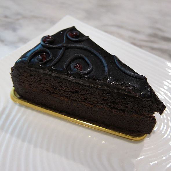 Heavy Chocolate Cake @ Midvalley Megamall