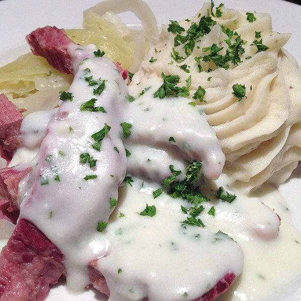 Emigrants Corned Beef + Cabbage - Ri Ra Irish Pub - Charlotte, Charlotte, NC