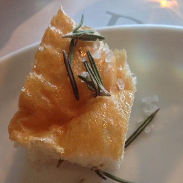 Rosemary Bread @ Carolo