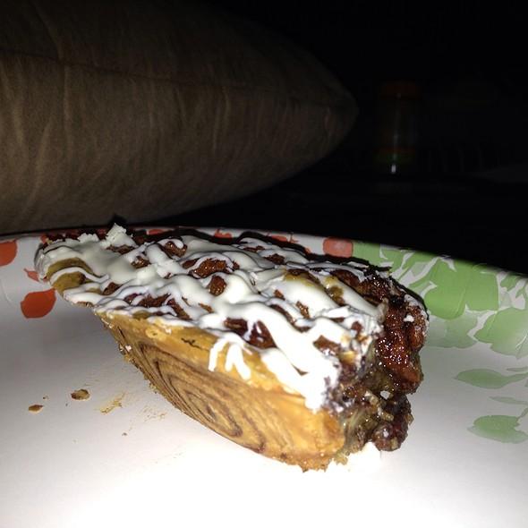 Cinnamon Roll Pecan Pie @ Triple D's Bar & Grill