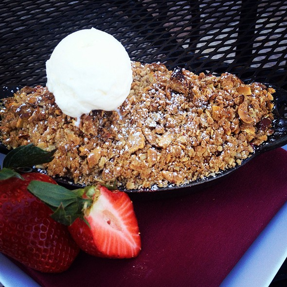 Strawberry Rhubarb Crisp @ Signature Grill at the JW Marriott Starr Pass Resort & Spa