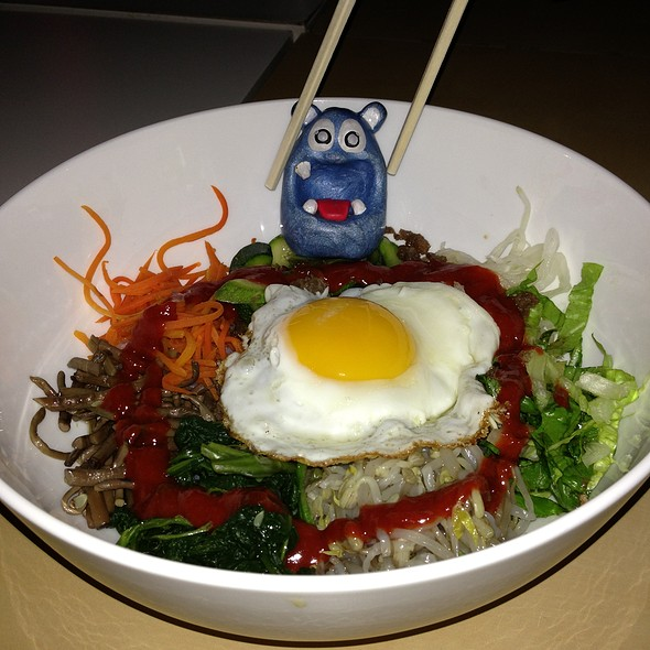 Bibim Bap @ Muzette Karaoke & Korean Restaurant