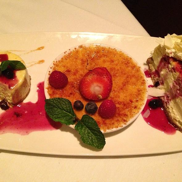 Chefs Dessert Plate - Fleming's Steakhouse - Beverly Hills, Beverly Hills, CA