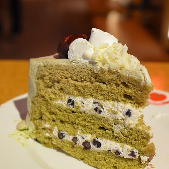 Green tea Cake @ Italian Tomato