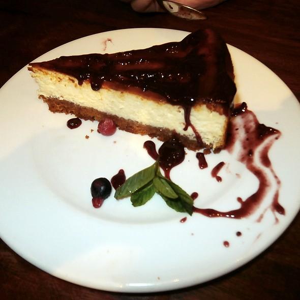 New York Style Cheesecake @ Mad café