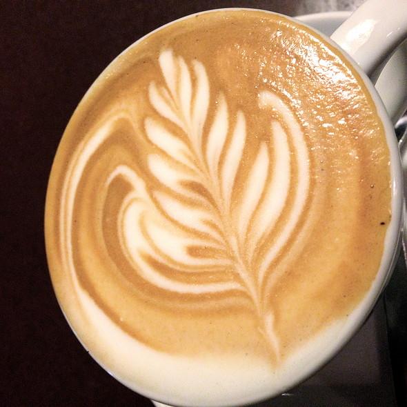 Cappuccino @ Miamamia
