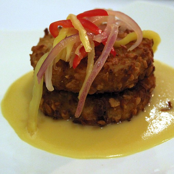 Crab Cakes @ Mangroves / Old Concept