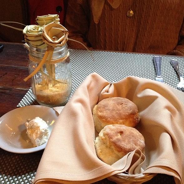 Biscuits - Poogan's Porch Restaurant, Charleston, SC