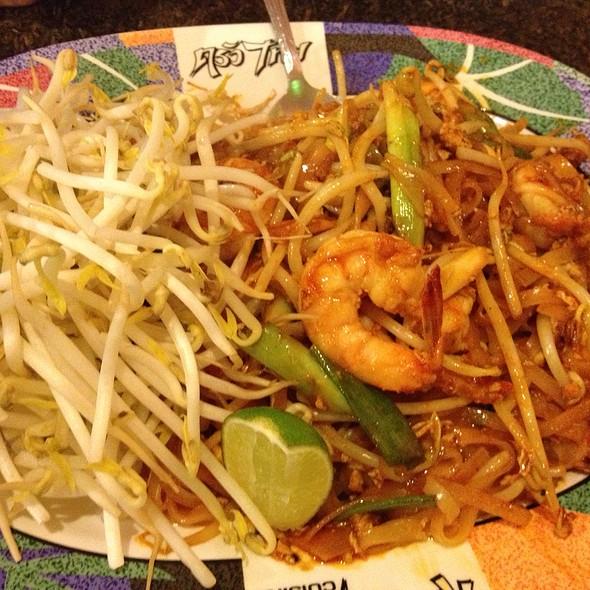 Pad Thai @ Krua Thai Restaurant