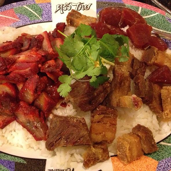 Kao Moo Dang @ Krua Thai Restaurant