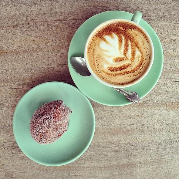 Breakfast @ Papa November