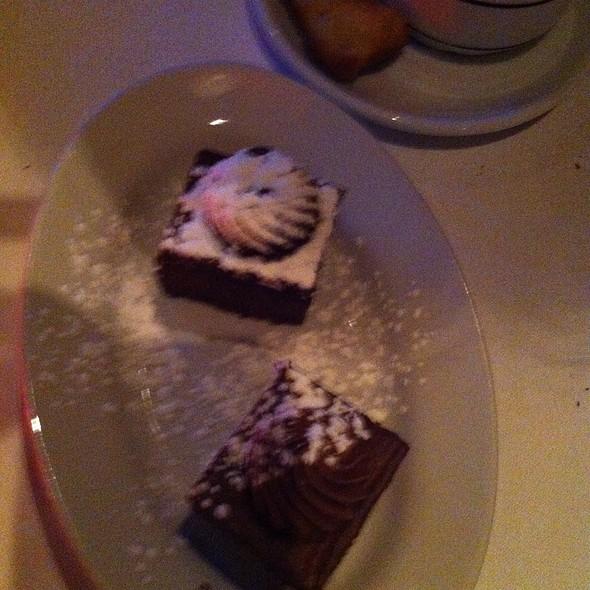 Chocolate - Chez Leveque, Montréal, QC