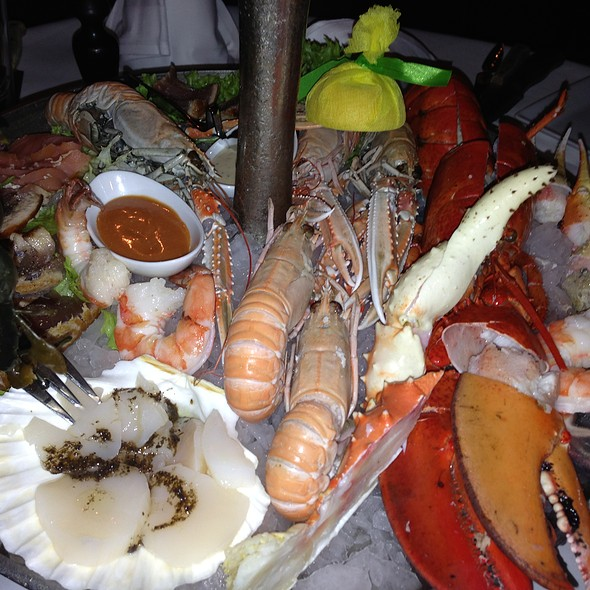Seafood Platter @ Reef & Beef - Seafood and Steaks
