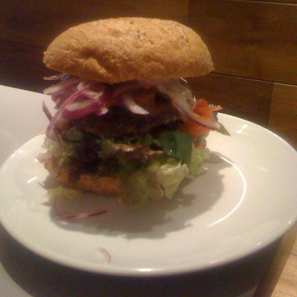 Spanish Lamb Burger @ Burgermeester
