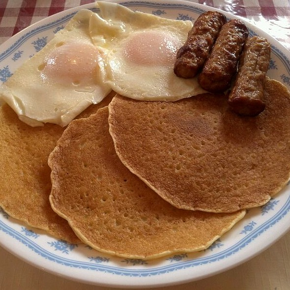 Pancakes, Eggs And Sausage @ Arcade Center Farm Pancake House