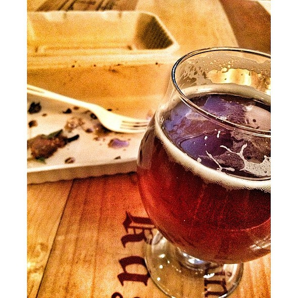 That lamb pita from @neuesouthern was so good, I forgot to drink my beer. @ The Community Tap