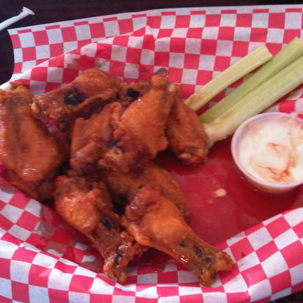 Buffalo Wings @ Sal's Pizza & Pasta