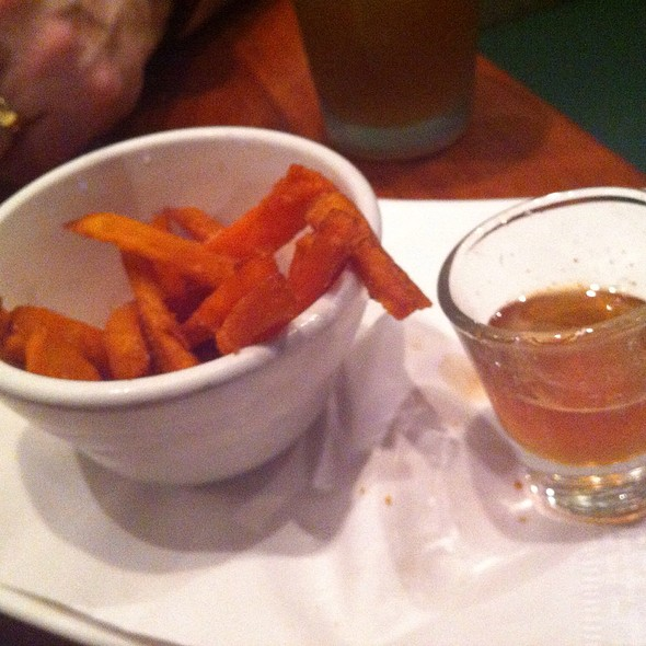 Boniato Frito (Sweet Potato Fries) with Homemade Smoked Honey @ Mojito's Tapas Restaurant