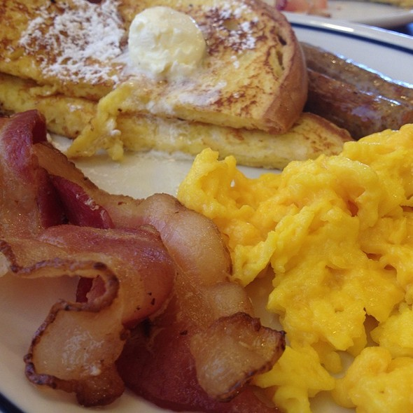 Breakfast Plate @ Ihop