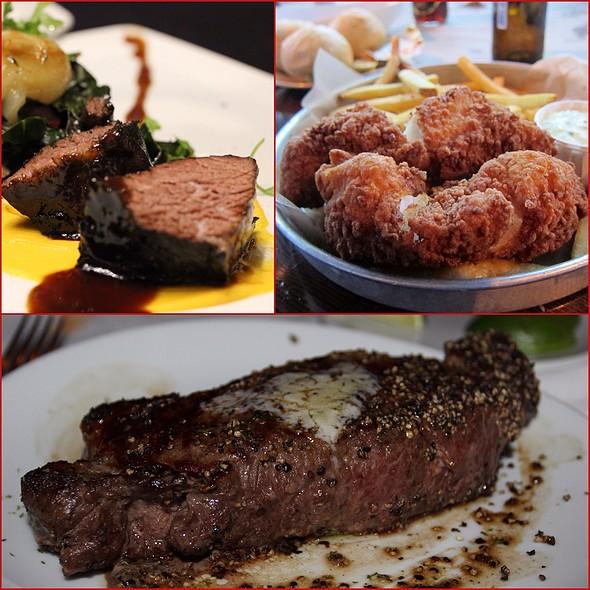 Main Courses  @ Fleming's Prime Steakhouse - Boston