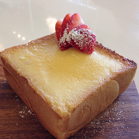 Sweet Butter Brick Toast @ Mj Cafe And Teahouse
