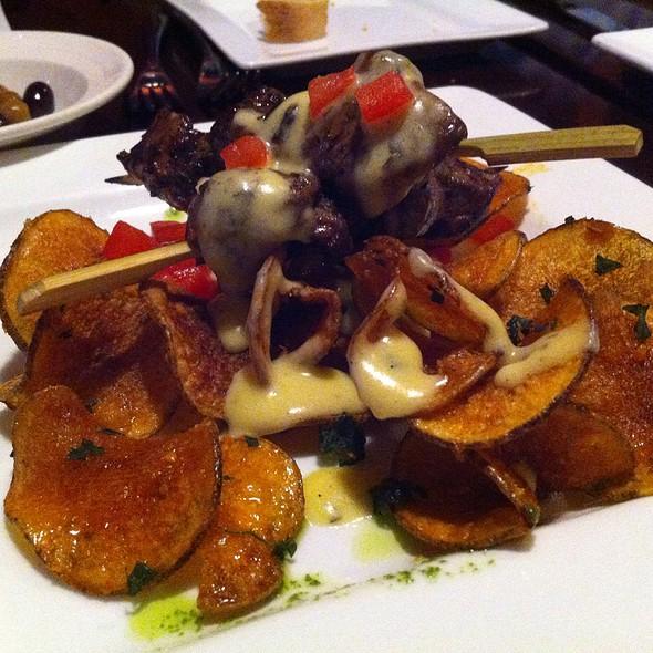 Beef Tenderloin Skewers With Bearnaise Sauce And Potato Chips - Martine Cafe, Salt Lake City, UT