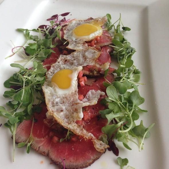 Kobe Beef Carpacio & Quail Eggs @ Table Restaurant Creekside