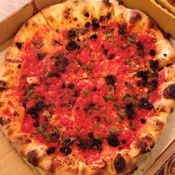 Napoletana Pizza @ Pizzeria Delfina